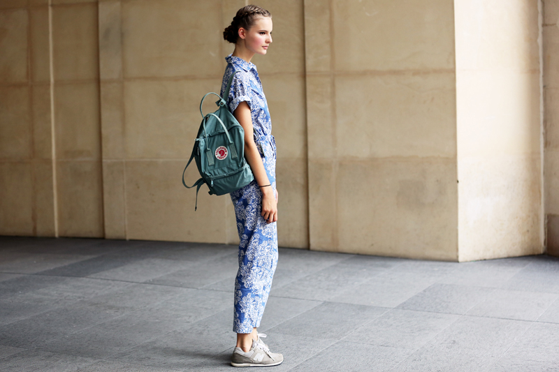 new-balance-sneakers-street-style-floral-print-clothes